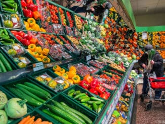 Gemüseangebot im Supermarkt