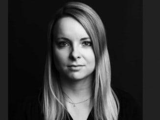 Die Journalistin Julia Wenzel